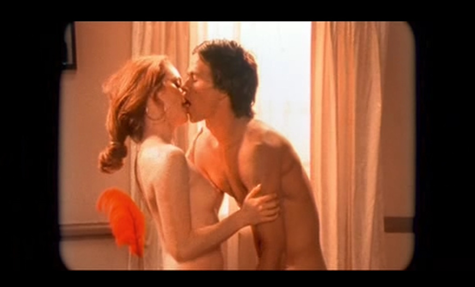 Julianne moore boogie night sex scene