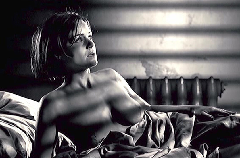 Carla Gugino Nude Scene In Sin City Movie