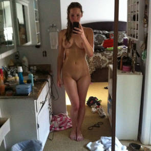 Jennifer Lawrence In Front Of Mirror