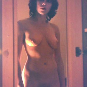 scarlett johansson nude photo under the skin scene