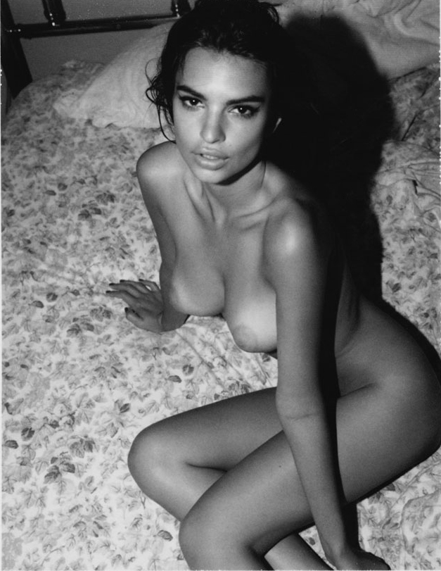 emily ratajkowski sitting on the floor with naked tits