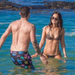 Megan Fox In The Ocean in Bikini Talking to her boyfriend