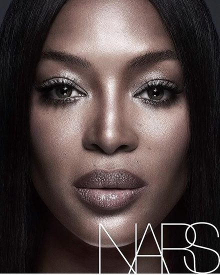 Naomi Campbell NUDE Pics & Topless Sexy Images Collection 14