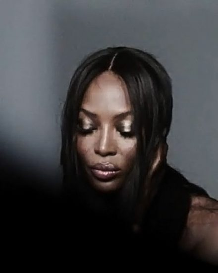 Naomi Campbell Nude LEAKED Pics & Topless Sexy Images Collection 20