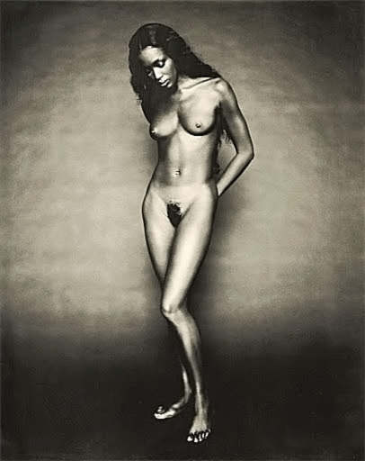 Naomi Campbell NUDE Pics & Topless Sexy Images Collection 5