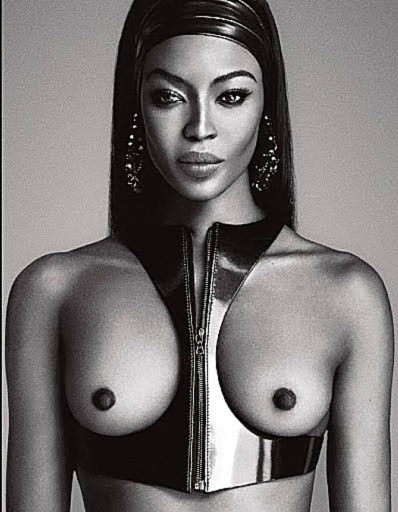 Naomi Campbell NUDE Pics & Topless Sexy Images Collection 8