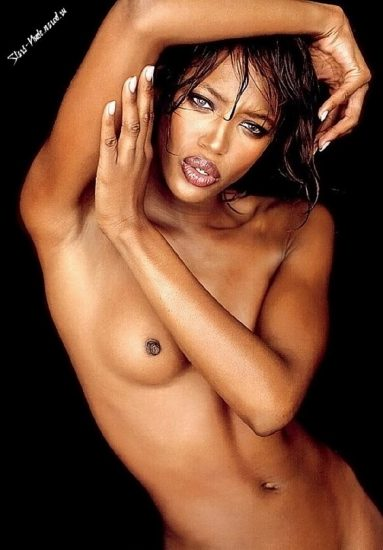 Naomi Campbell NUDE Pics & Topless Sexy Images Collection 9