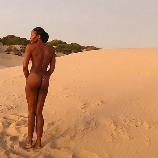 Naomi Campbell Nude LEAKED Pics & Topless Sexy Images Collection 11