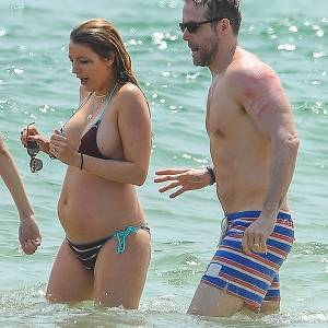 Blake Lively In Bikini Shows Her Baby Bump At Beach