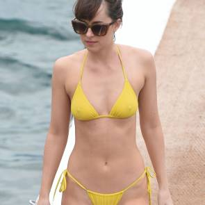 dakota johnson nipples poking out through bikini top