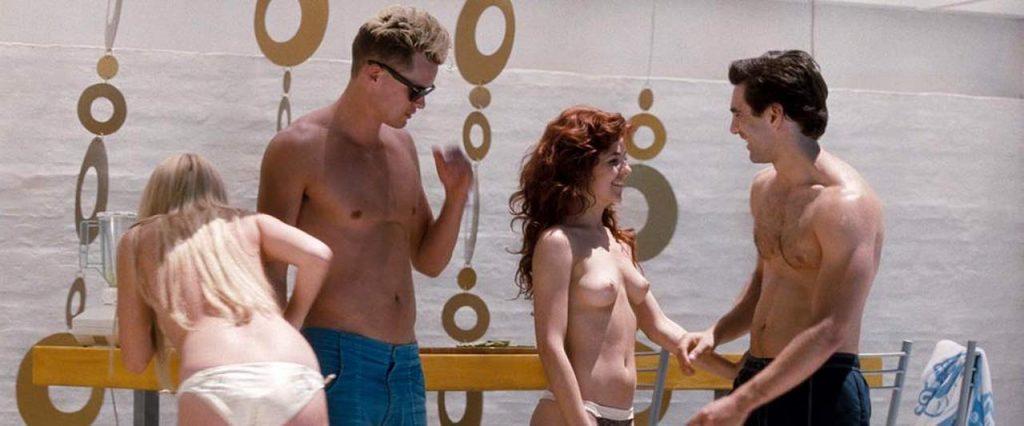 Amber Heard nude boobs