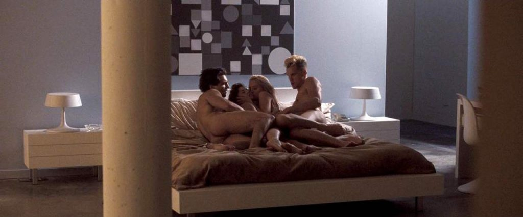 Amber Heard with two guys and a girl