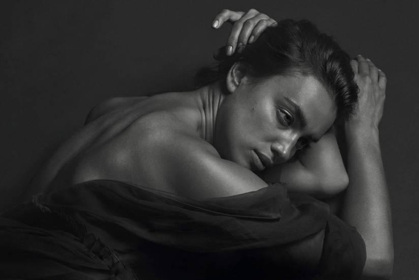 Irina Shayk Artistic Pics