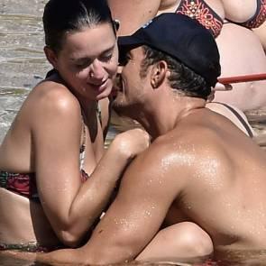 Orlando Bloom Tickling Katy Perry