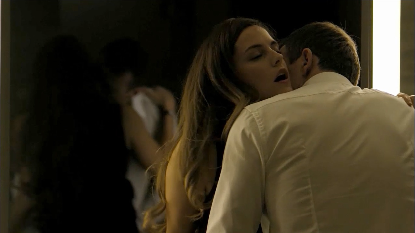 sex scene in girlfriend experience movie