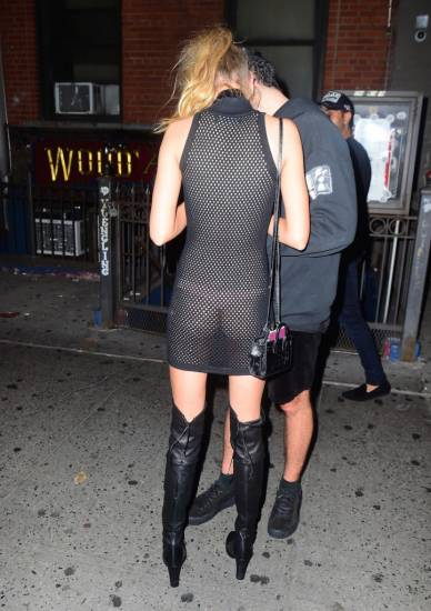 Stella Maxwell arriving on MTV VMA afterparty