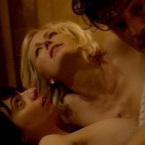 Malin Akerman and Kate Micucci Topless Thressome With Orlando Blooom In Easy TV Show