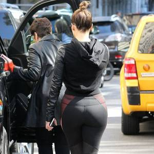 Jennifer Lopez Booty In Gym Tights