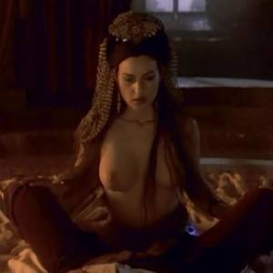 Monica Bellucci Spooky Orgy In Dracula Movie