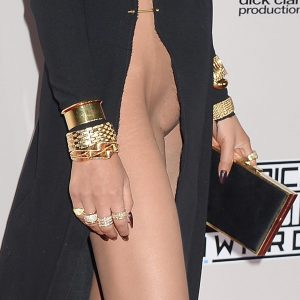 Chrissy Teigen Pussy Flash On AMA Red Carpet