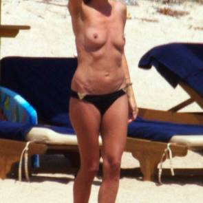 Heidi Klum boobs on sand
