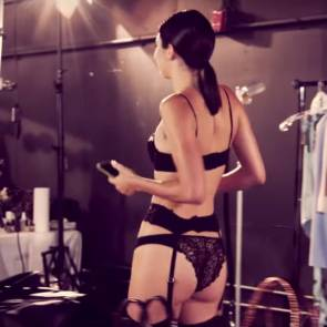 Kendall Jenner photo soot in lacy lingerie