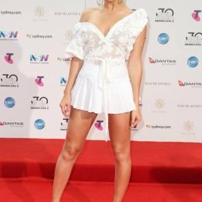 charli at 2016 aria awards in sydney