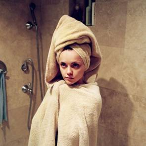 christina ricci wrapped up in towels