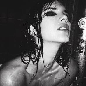 kendall jenner under the shower without the top