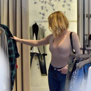 khloe kardashian in see through shirt