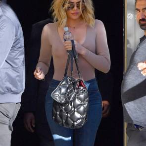 khloe kardashian tits in transparent shirt