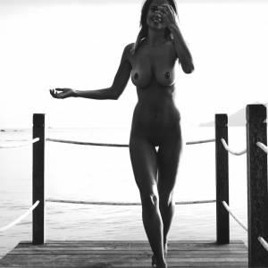 Genevieve Morton Nude 2017 Calendar