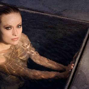 Olivia Wilde boob naked