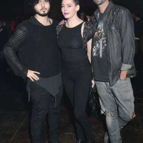 Rose McGowan with fans