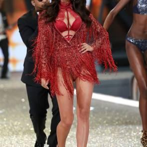 irina shayk in red lingerie