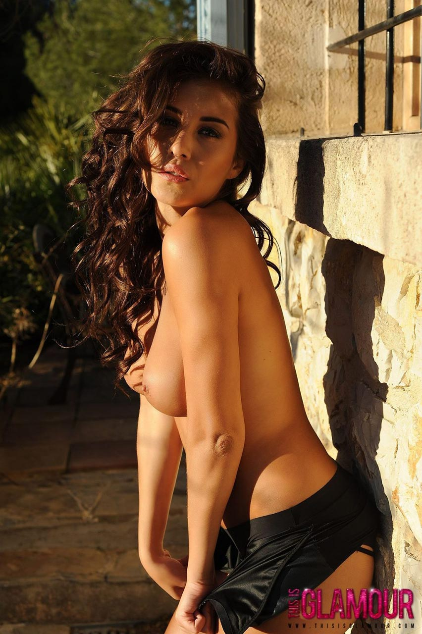 nude (13 photos), Topless Celebrity pics