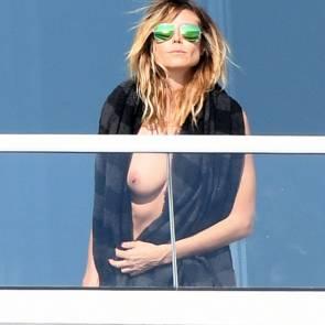 Heidi Klum boob slip