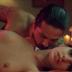 Anne Hathaway Sex Scene In Havoc Movie