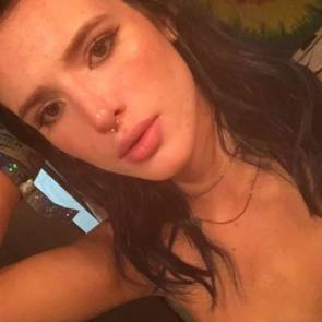 Bella-Thorne-Sexy-Topless-14