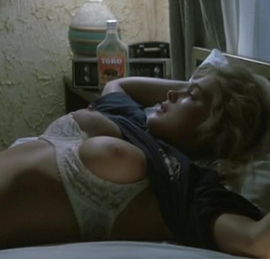 Erika eleniak sex
