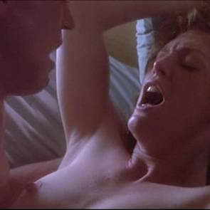 ulianne Moore Nude Sex Scene In Body Of Evidence