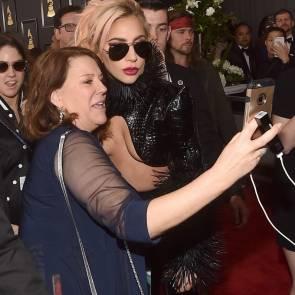 Lady-Gaga-Underboob-3-795×1024