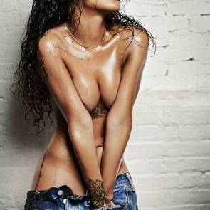 Rihanna Naked Leaks and PORN Sex Tape [2021 NEWS] 19