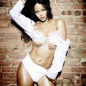 Rihanna Naked Leaks and PORN Sex Tape [2021 NEWS] 10