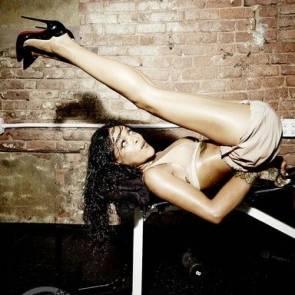 Rihanna Naked Leaks and PORN Sex Tape [2021 NEWS] 15