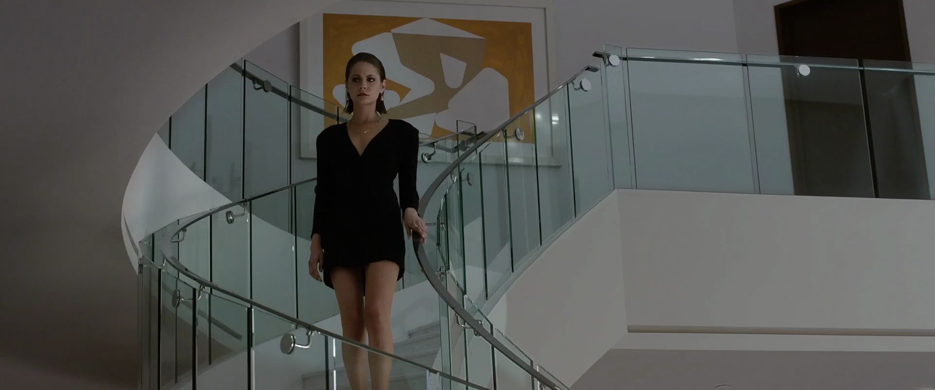 Yvonne strahovski nude scene in louie scandalplanetcom - 3 part 6
