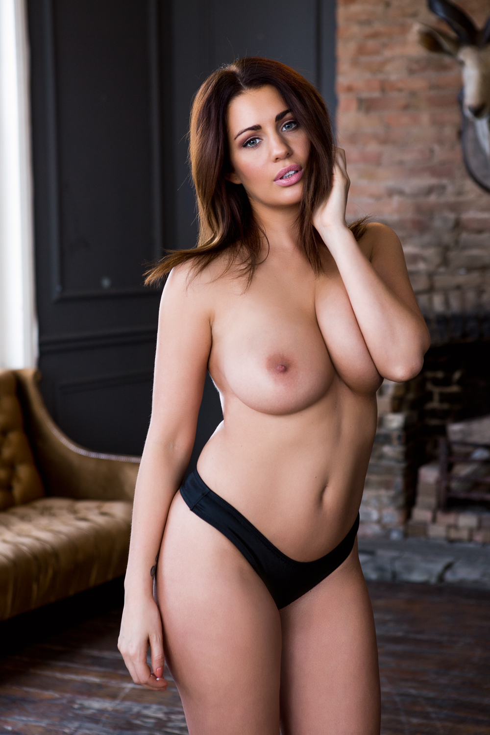 peers naked nude Holly