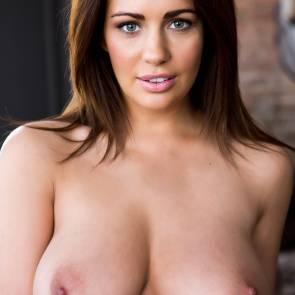 Naked nude holly peers
