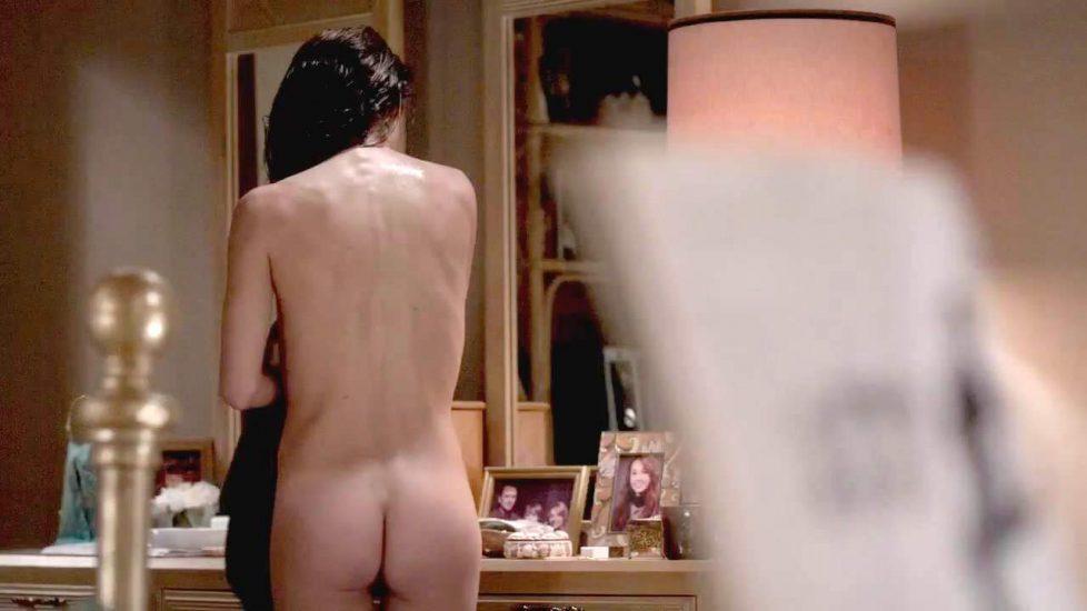 Nude man on blogspot