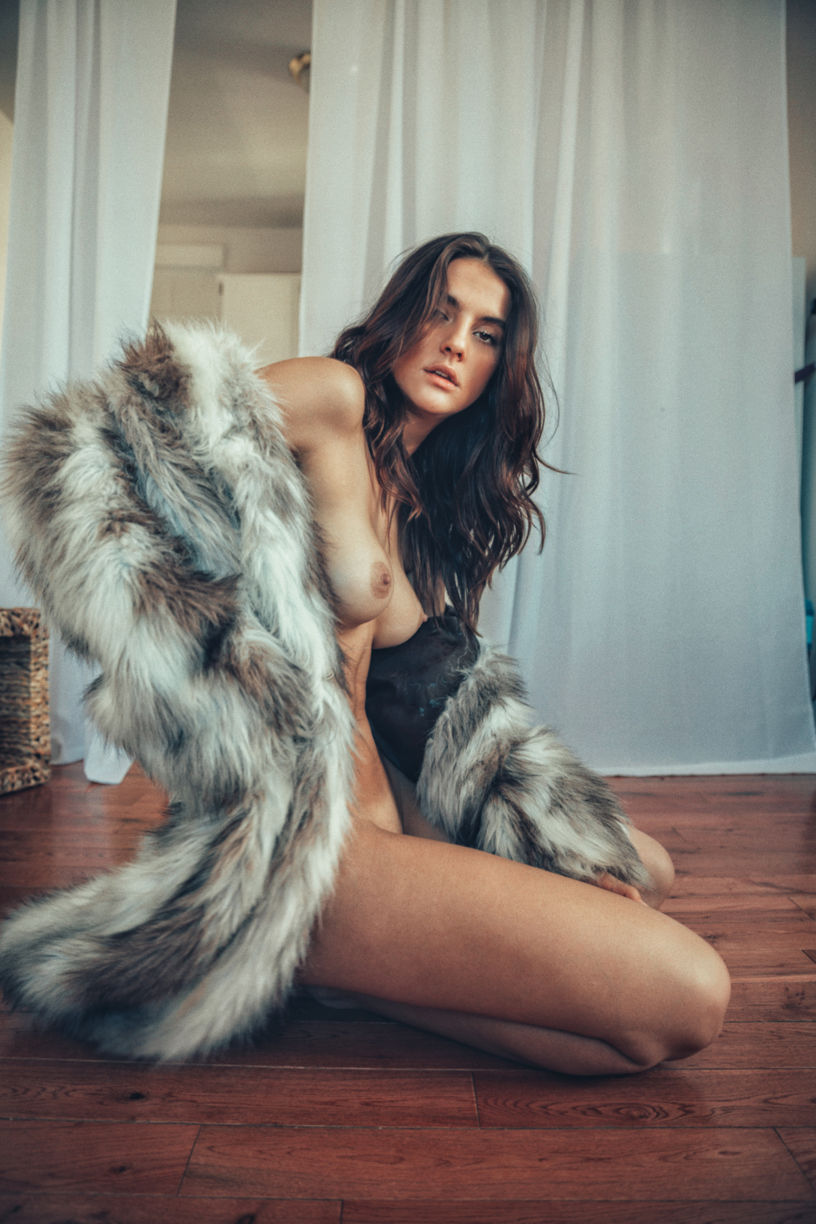 hot girls naked in fur